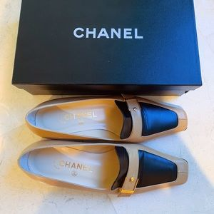 Authentic NWT Chanel flats